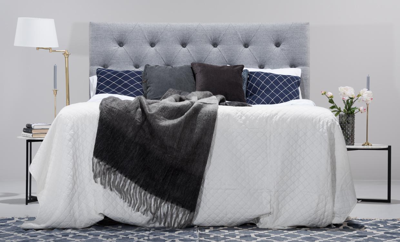 Sänggavel djuphäftad : VÄrmdÖ premium sänggavel ljusgrå köp på soffadirekt